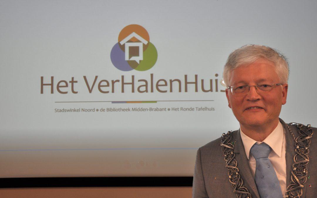 Feestelijke opening van Het VerHalenHuis op het Wagnerplein in Tilburg-Noord